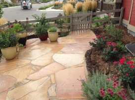 Patio design by Glacier View Landscape