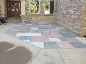 Tri-Color Cut Flagstone Patio.