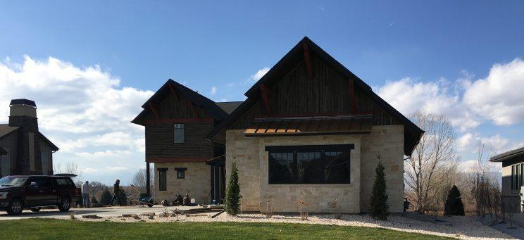 Modern-Farmhouse-Front-View-near-Niwot-Colorado